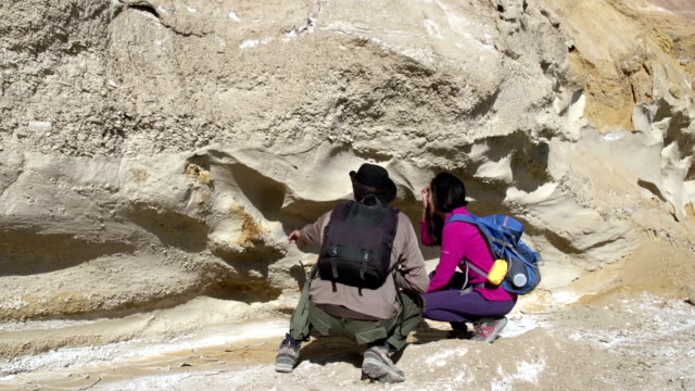 Paleontologists Expedition video