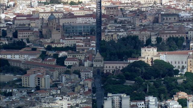 palermo-vista aerea-sicilia, provincia di palermo, palermo, italia - palermo città video stock e b–roll