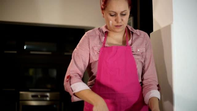 Pancake cooking video
