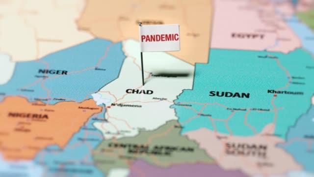 пандемический флаг на чаде. - линия экватора стоковые видео и кадры b-roll