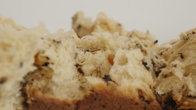 panettone traditional cake 4k close-up tilting footage - panettone video stock e b–roll