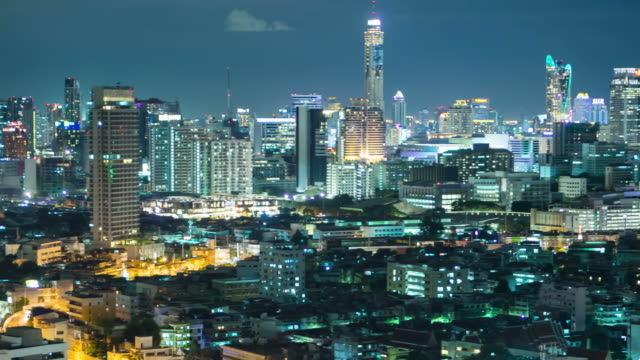 panorering bangkok stadsbild - billboard train station bildbanksvideor och videomaterial från bakom kulisserna
