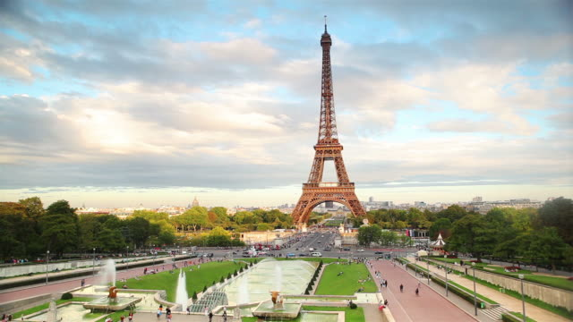 Panning: Eiffel Tower video