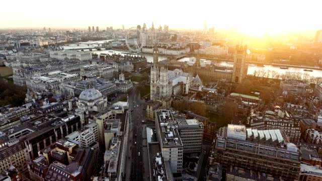 4k panoramic aerial shot of houses of parliament & big ben - london architecture stock videos & royalty-free footage