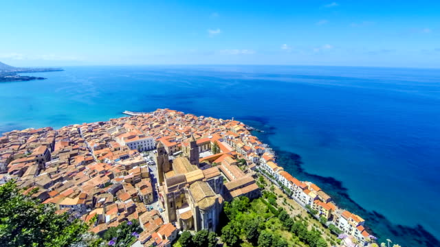 panoramic aerial view of cefalu old town, sicily, italy - palermo città video stock e b–roll