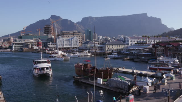 Panoramic view of the famous Victoria and Alfred waterfront Cape Town,South Africa Panoramic view of the famous Victoria and Alfred waterfront Cape Town, South Africa cape peninsula stock videos & royalty-free footage
