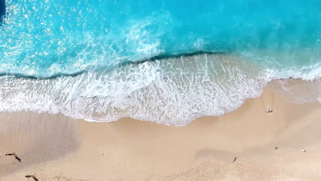 paradise beach aerial viev - vacanze video stock e b–roll