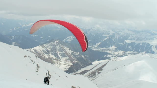 Paragliding at Ski Park video