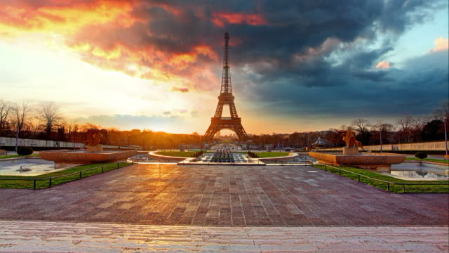 Paris, Eiffel tower at sunrise, Time lapse video