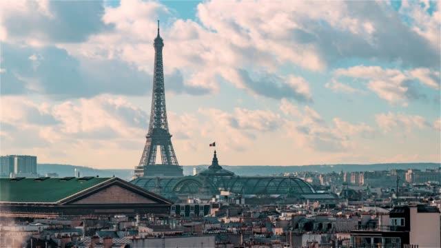 paris, frankrike, timelapse - eiffeltornet och grand palais - montmatre utsikt bildbanksvideor och videomaterial från bakom kulisserna