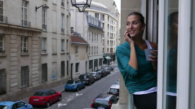 paris travel - davanzale video stock e b–roll