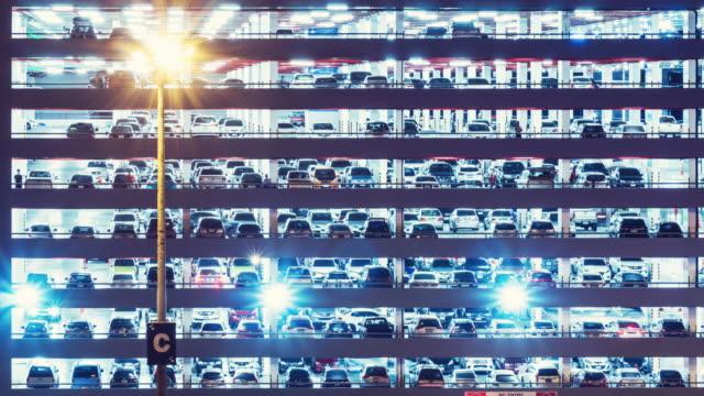 stockvideo's en b-roll-footage met parkeerplaats time-lapse - parkeren