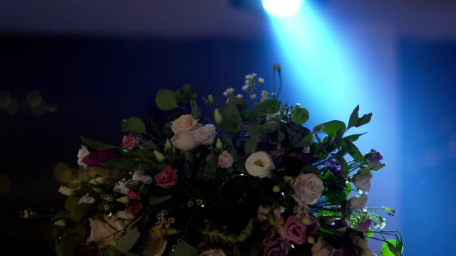 Party flower decoration video