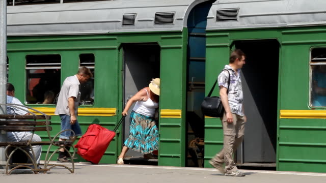 Russia.Moscow - 2013: Passengers on the platform video