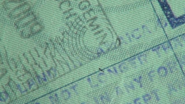 パスポート、ビザ、出入国管理、旅行 ビデオ