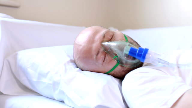 인내 슬리핑 병원 - aids 스톡 비디오 및 b-롤 화면