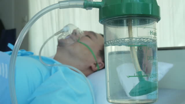 patient man be unconscious with oxygen mask video