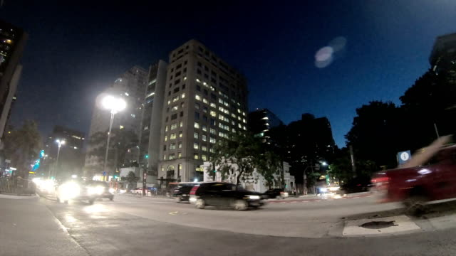 paulista avenue - brazil - проспект стоковые видео и кадры b-roll