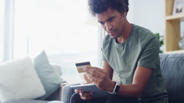 payday är för detalj handeln nöjen - kreditkort bildbanksvideor och videomaterial från bakom kulisserna
