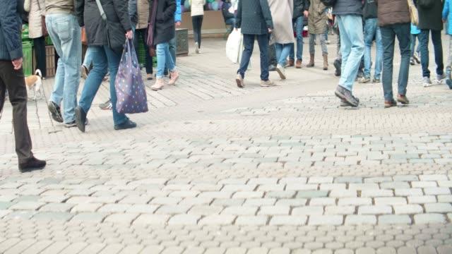 Fußgänger  – Video