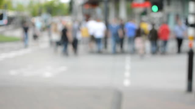 stockvideo's en b-roll-footage met pedestrians on zebra crossing - eindhoven