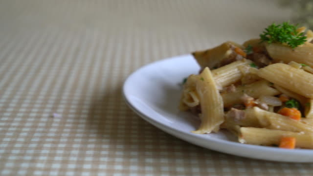penne paste cream cheese video