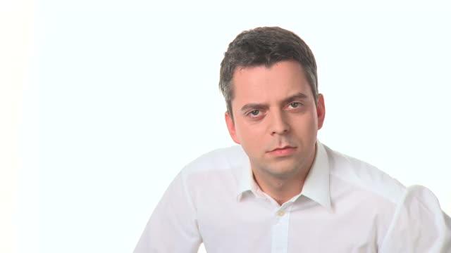 HD: Hombre pensativo - vídeo