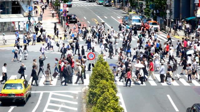 人々 交差点、渋谷、スローモーション - 交差点点の映像素材/bロール