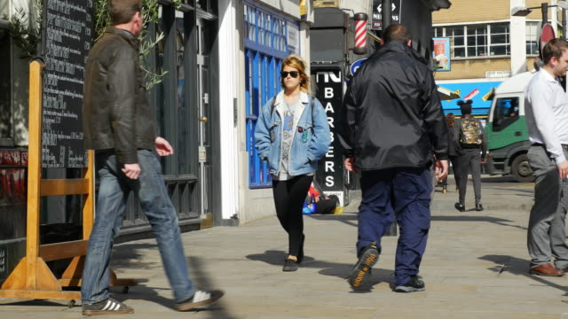 People Moving In London Shoreditch High Street (UHD) video