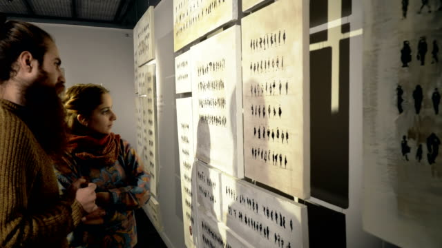 people visit an exhibition - museo video stock e b–roll