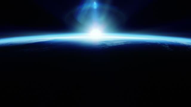 完璧なブルーの日の出から見たスペース - 地球のビデオ点の映像素材/bロール