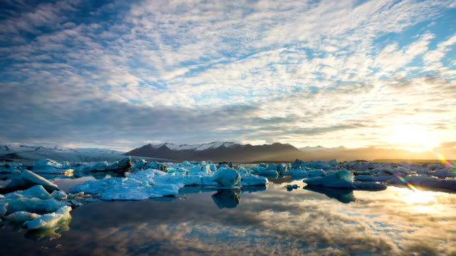 Perfect Time Lapse of Melting Icebergs video