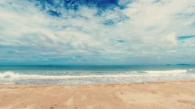 Perfekter tropischer Sandstrand Sommerurlaub Hintergrund – Video