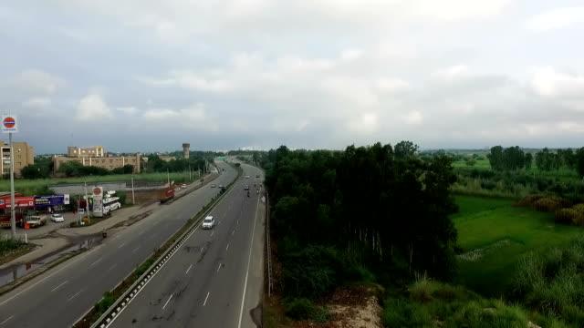 perspektivvyn av riksväg - haryana bildbanksvideor och videomaterial från bakom kulisserna