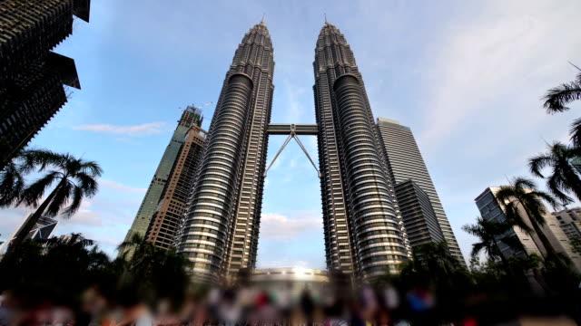 Petronas Towers in Kualalumpur video