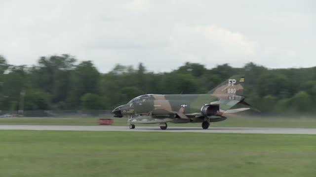 F-4 Phantom Take Off 24_1 video