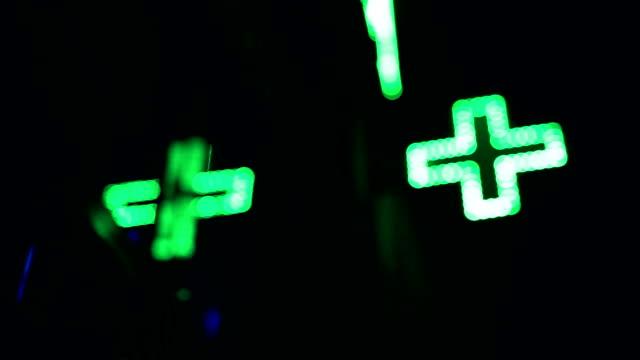 apotek butik, grön neon - korsform bildbanksvideor och videomaterial från bakom kulisserna