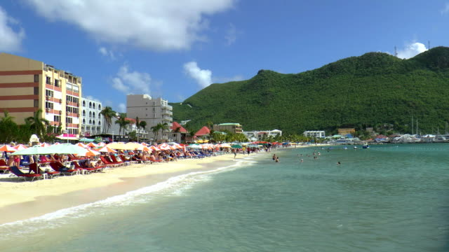 philipsburg - sint maarten, netherlands antilles - philipsburg saint martin olandese video stock e b–roll