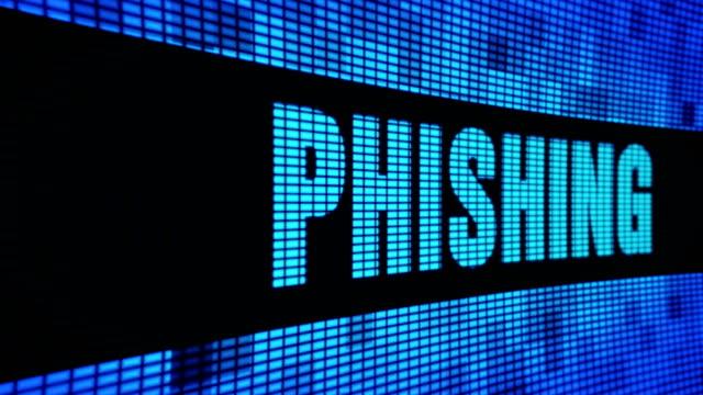 phishing strona tekst przewijanie led ściana pannel wyświetlacz tablica znaków - phishing filmów i materiałów b-roll