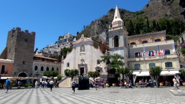 Piazza IX Aprile - Taormina, Sicily, Italy video