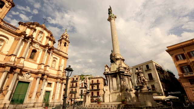 piazza san domenico con la chiesa di san domenico - palermo città video stock e b–roll
