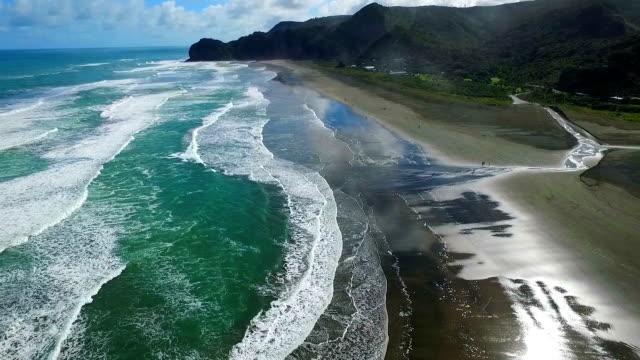 Piha Beach video