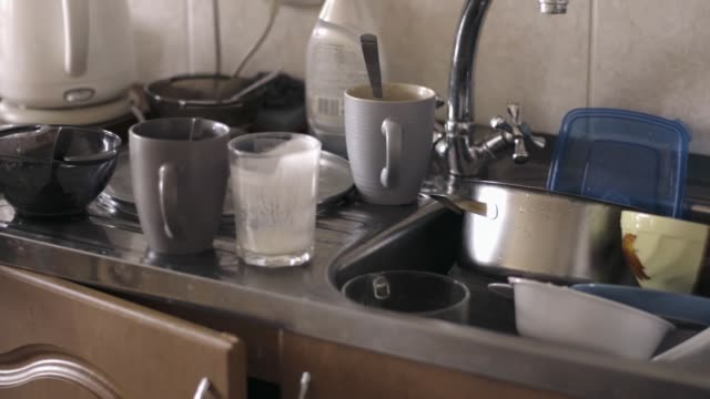 pile of dirty dishes - mucchio video stock e b–roll