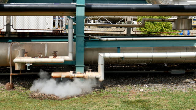 Pipe line transfer with steel structure video