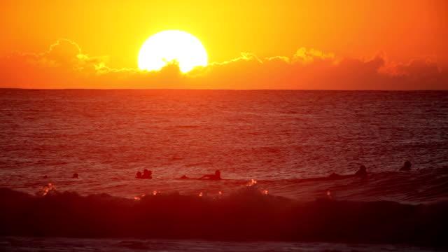 Pipeline Sunset video