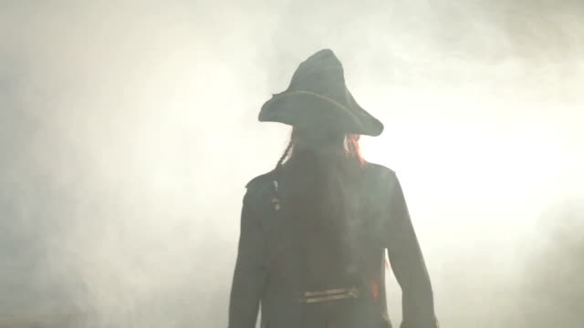 Pirate goes to the fog. video