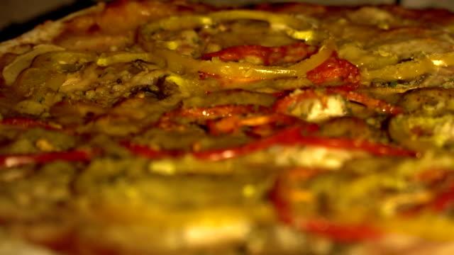 Pizza backen im Ofen – Video