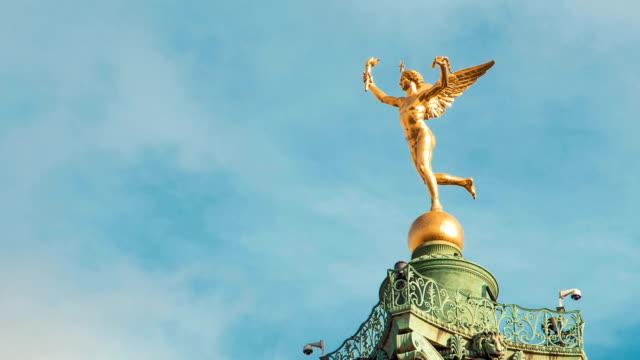 場所 デ ラ バスティーユ、ル génie デ ラ リベルテ(自由)の像 1 -タイムラプス - オペラ点の映像素材/bロール