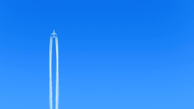 Plane Flies Up Leaving Trail video