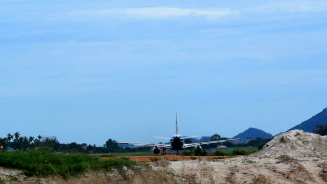 Plane landing video